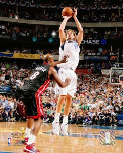 Dirk Stroking a Shot in the '06 Finals