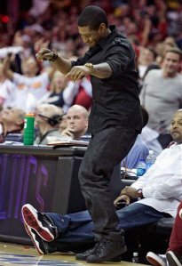 Usher Tap-Dancing on the Hawks Grave